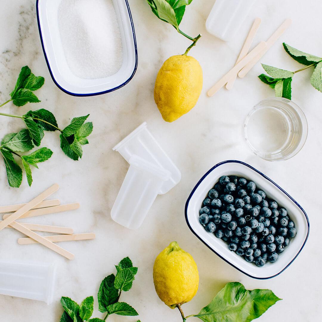 Ricola Minze-Heidelbeeren-Wasserglace Rezept - Step  1