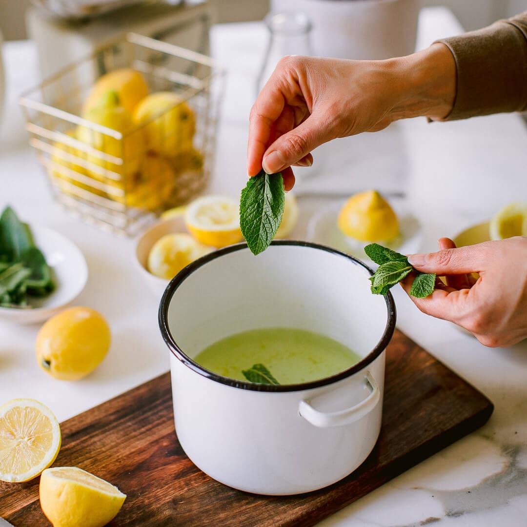 Ricola Zitronene Minz Sorbet Rezept - Step  5