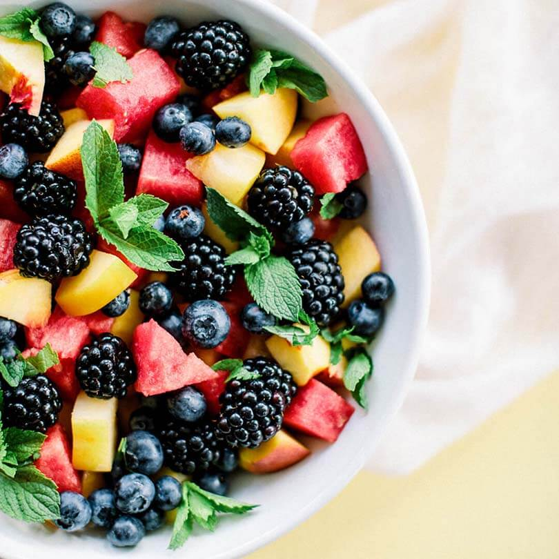 Ricola  Fruchtsalat mit Honig-Minz-Dressing Rezept - Step  3
