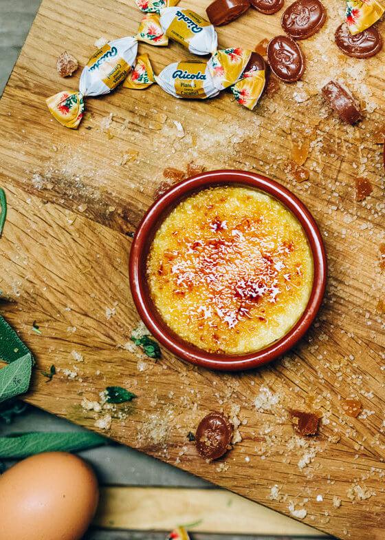 Crème brûlée Erbe e Caramello